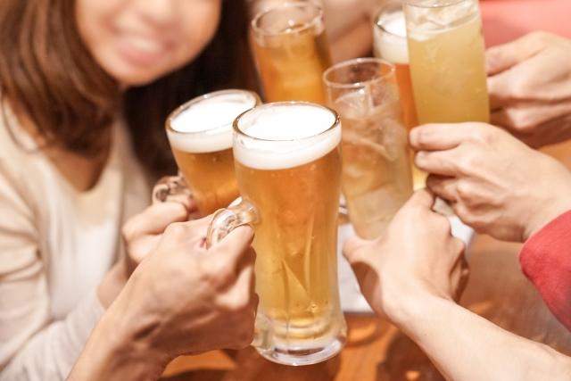 夏はビールで乾杯